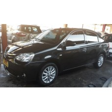 TOYOTA/ETIOS 1.5 XLS SEDAN 2014/2014 PRETO MANUAL